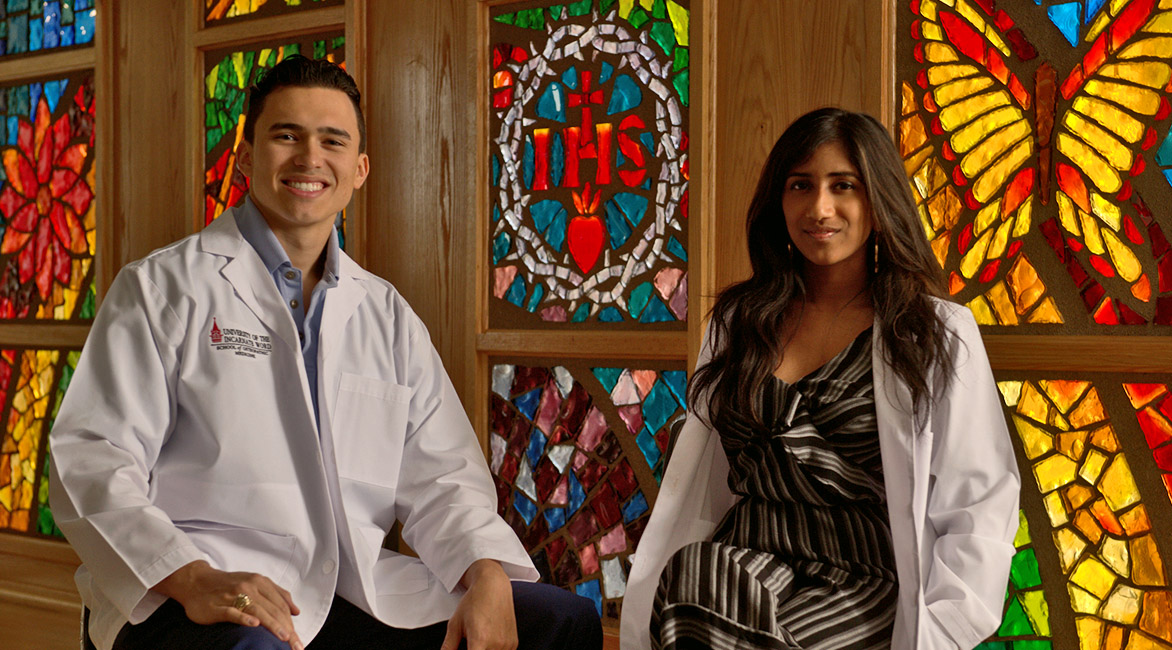 UIW school of osteopathic medicine students in the chapel