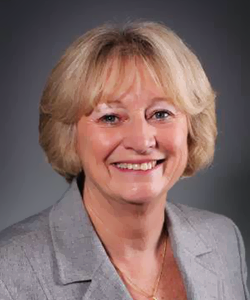 Dr. Denise Staudt