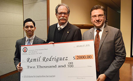 Ramil Rodriguez receives winning check