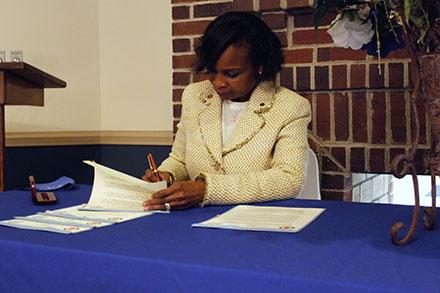 Rust College President Dr. Ivy Taylor signs Memorandums of Understanding