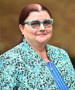 Dr. Jeannie Scott Headshot
